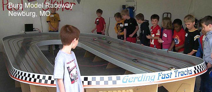 Custom built slot car tracks by Gerding Fast Tracks